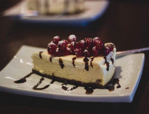 baked-cheesecake-berries-cake-14107